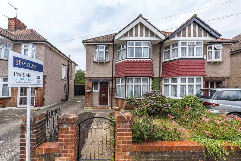 3 Bedrooms Semi Detached House for sale in Mayfair Avenue, Twickenham, TW2