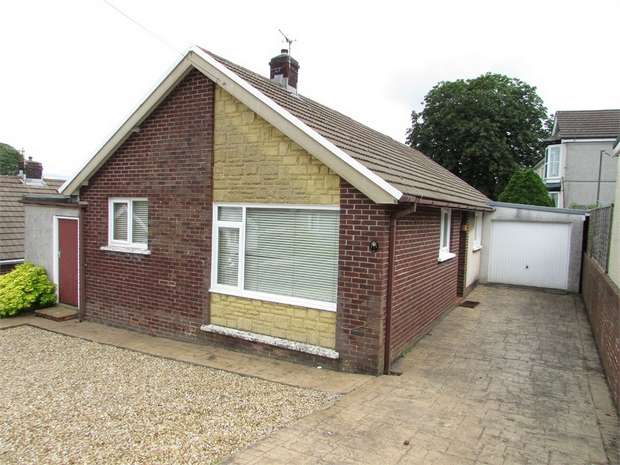 3 Bedrooms Detached Bungalow for sale in Kenway Avenue, Neath, Neath, West Glamorgan