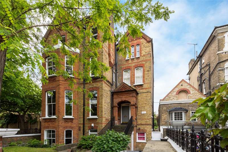 3 Bedrooms Flat for sale in Macaulay Road, London, SW4