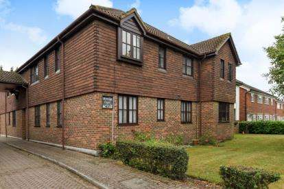 1 Bedroom Retirement Property for sale in Sovereign Court, 16 Magpie Hall Lane, Bromley