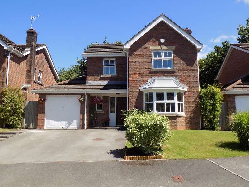 4 Bedrooms Detached House for sale in Dyffryn Woods , Neath, Neath Port Talbot. SA10
