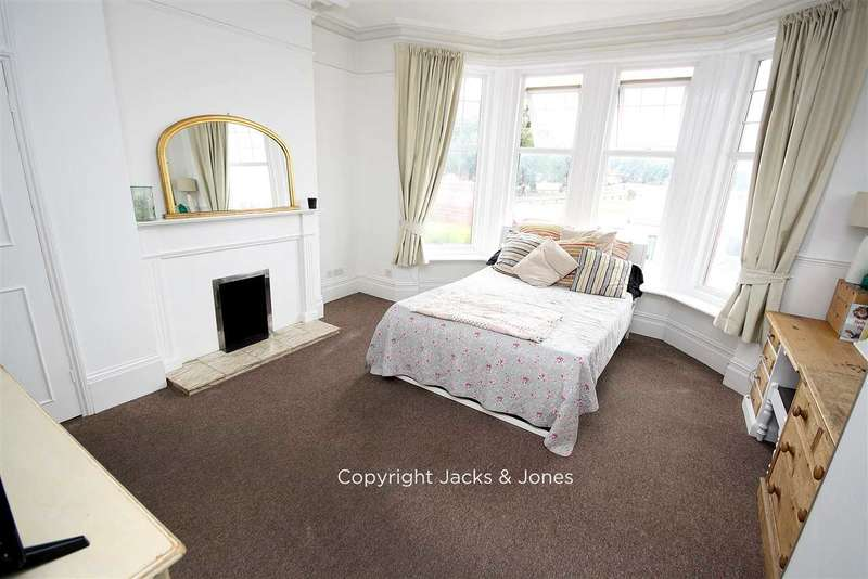 1 Bedroom Apartment Flat for sale in South Terrace, Littlehampton