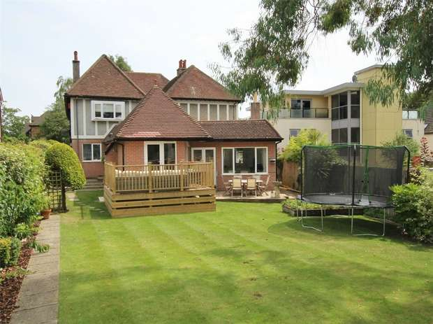 3 Bedrooms House for sale in Windsor Road, Lower Parkstone, POOLE, Dorset