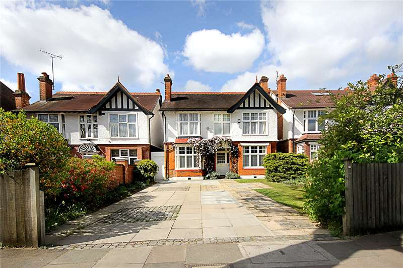 5 Bedrooms Detached House for sale in Argyle Road, Ealing, W13