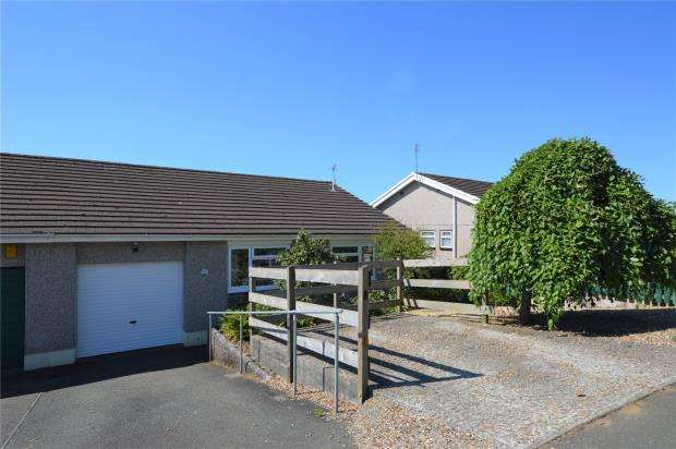 3 Bedrooms Semi Detached Bungalow for sale in Woodgate Road, Liskeard, Cornwall