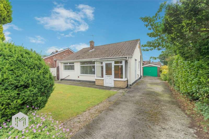 2 Bedrooms Detached Bungalow for sale in Singleton Grove, Westhoughton, Bolton, Lancashire