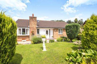 3 Bedrooms Bungalow for sale in Fossdale Moss, Leyland