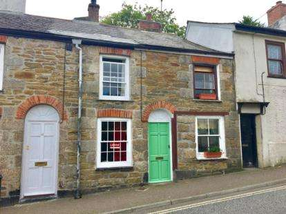 2 Bedrooms Terraced House for sale in Penryn, Cornwall