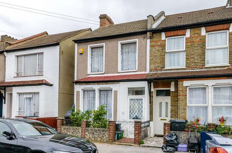 3 Bedrooms House for rent in Priory Road, Croydon, CR0