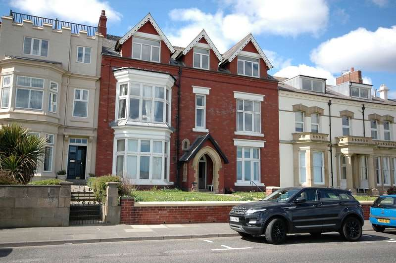 1 Bedroom Flat for sale in The Cliff, Hartlepool, County Durham, TS25