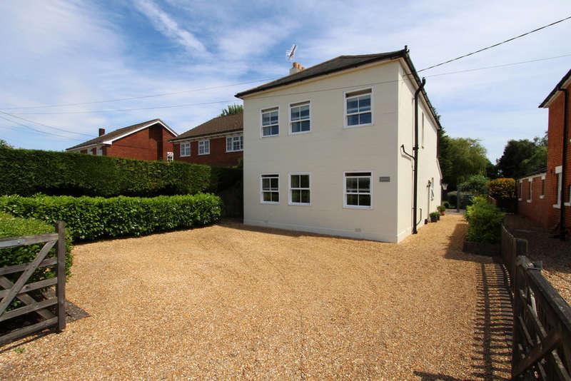 3 Bedrooms Detached House for sale in Heath Road, Soberton Heath