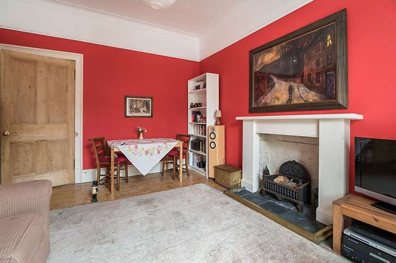 3 Bedrooms Flat for sale in North Junction Street, Edinburgh, EH6