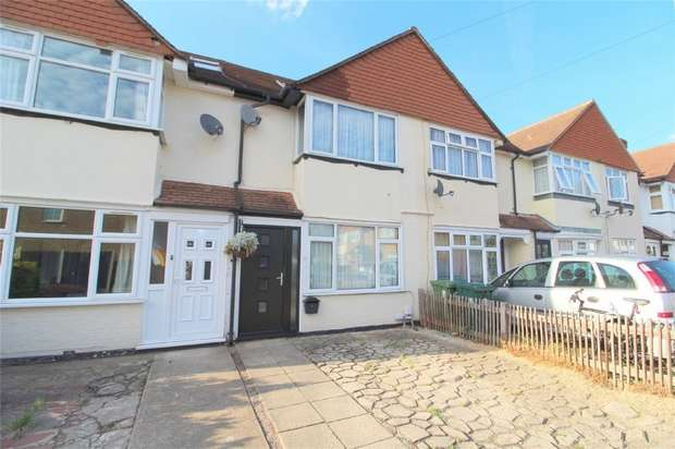 3 Bedrooms Terraced House for sale in Lucie Avenue, Ashford, Middlesex