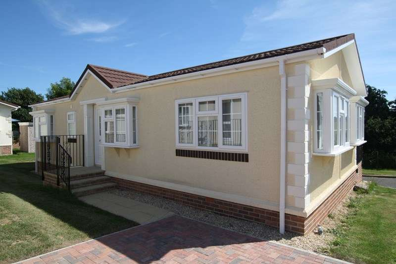 2 Bedrooms Park Home Mobile Home for sale in Superb Park Homes in Swanage