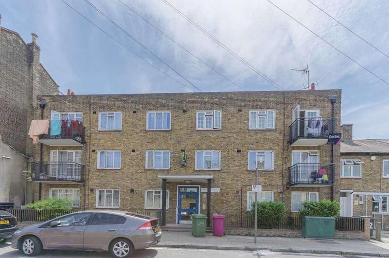 3 Bedrooms Flat for sale in Grundy Street, Poplar, E14