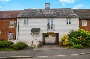 1 Bedroom Terraced House for sale in Imperial Way, Ashford, Kent, .