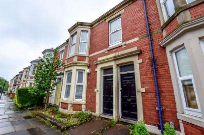 3 Bedrooms Flat for sale in Forsyth Road, Newcastle Upon Tyne, Tyne and Wear, NE2