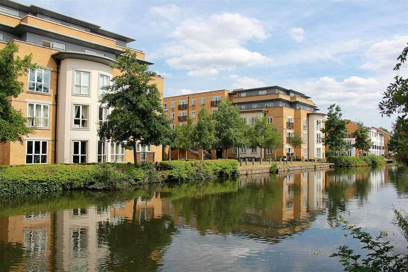 2 Bedrooms Apartment Flat for sale in WATERSIDE 2 DOUBLE BED WITH 23` LOUNGE - ROOF TERRACE, Kings Langley, WD4