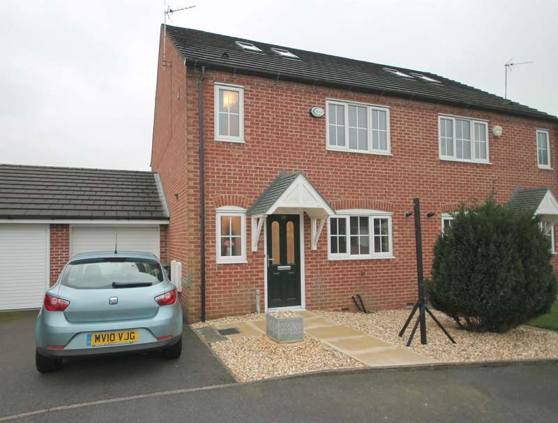3 Bedrooms Semi Detached House for sale in Elder Drive, Darcy Lever, Bolton, BL3 1AT