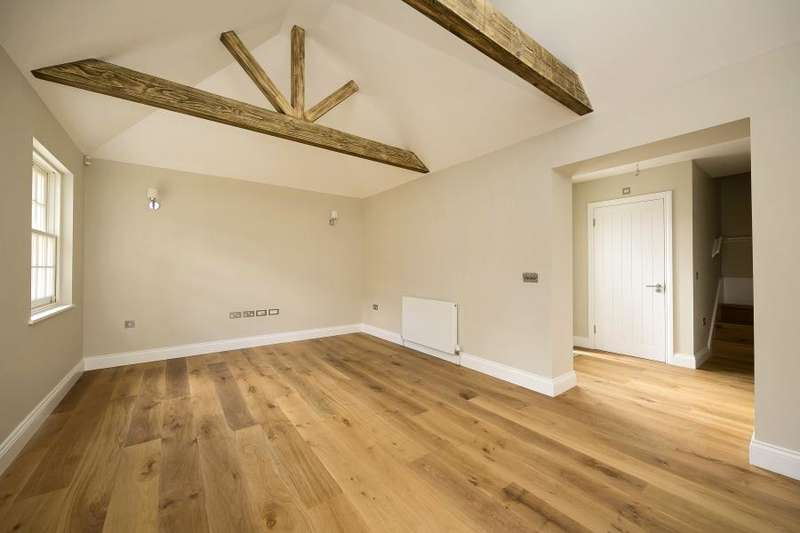 2 Bedrooms Mews House for sale in The Old School, Richmond