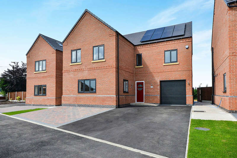 6 Bedrooms Detached House for sale in Cromford Road, Aldercar, Nottingham, NG16