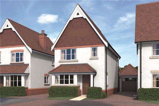 3 Bedrooms Detached House for sale in Warren House Road, Wokingham, Berkshire