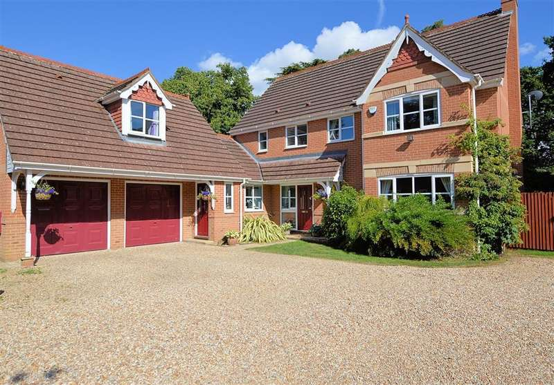 5 Bedrooms Detached House for sale in Badgers Glade, Burghfield Common, Reading, RG7