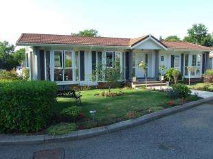 2 Bedrooms Mobile Home for sale in Burwash Park, Fontridge Lane, Etchingham