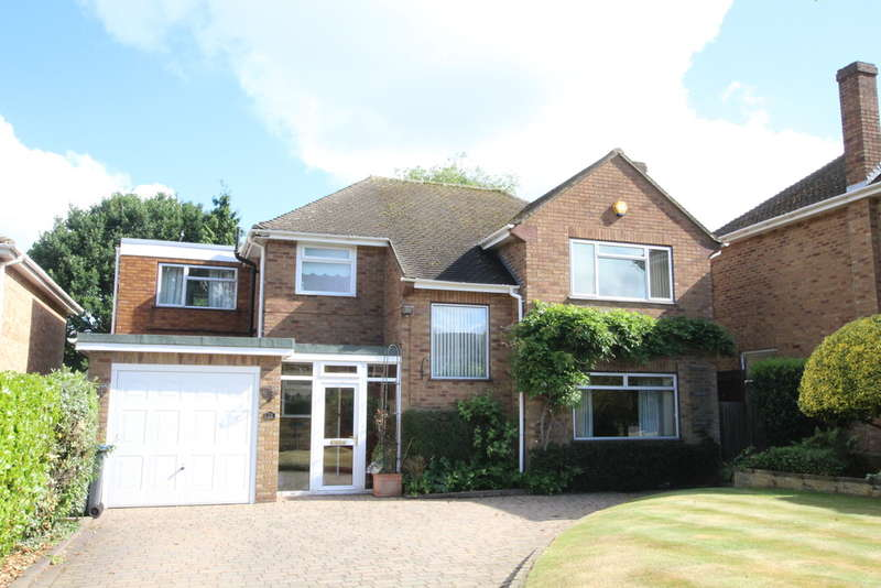 4 Bedrooms Detached House for sale in Honeyborne Road, Sutton Coldfield, B75 6BT