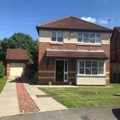 3 Bedrooms Detached House for sale in The Paddock, Stokesley, Middlesbrough, North Yorkshire
