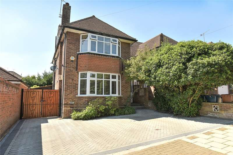 4 Bedrooms Semi Detached House for sale in High Road, Harrow, Middlesex, HA3