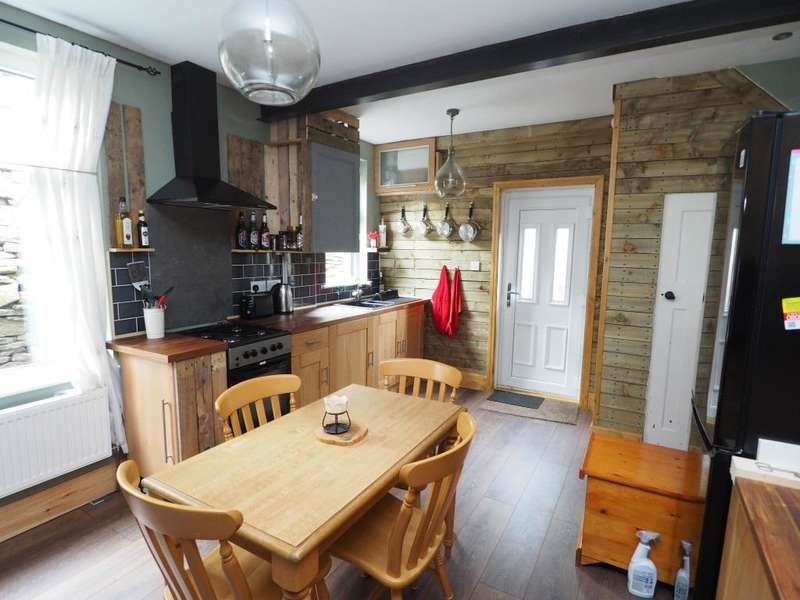 3 Bedrooms Semi Detached House for sale in New Mills Road, Birch Vale, High Peak, Derbyshire, SK22 1BT