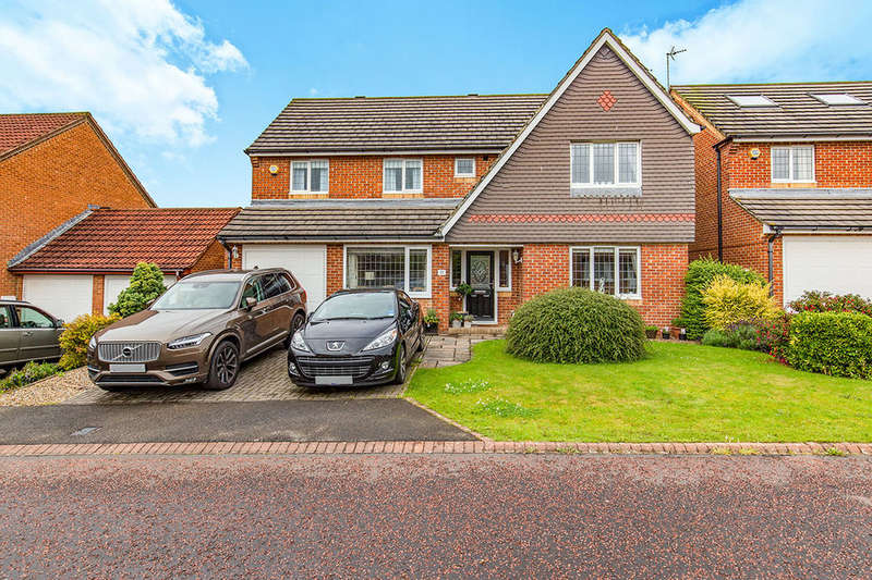 5 Bedrooms Detached House for sale in Gunnerton Close, Faverdale, Darlington, DL3
