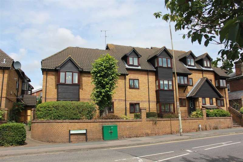 1 Bedroom Apartment Flat for sale in GROUND FLOOR IN BOXMOOR, HP1 WITH PARKING
