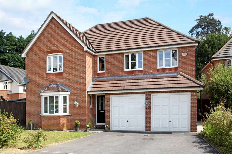 5 Bedrooms Detached House for sale in Monument Chase, Whitehill, Hampshire, GU35