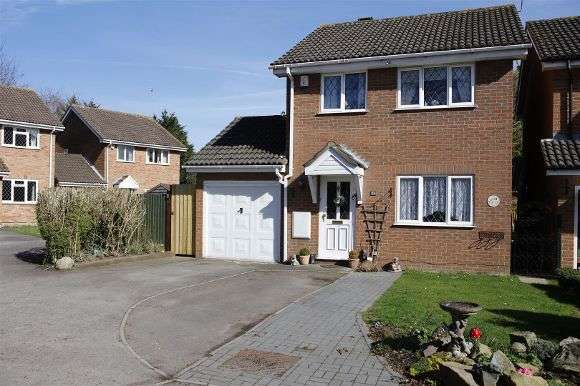 3 Bedrooms Detached House for sale in Bourne Close, Calcot, Reading