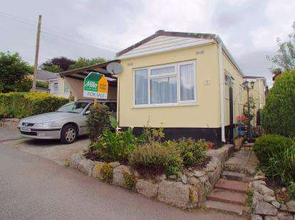 2 Bedrooms Bungalow for sale in Luxulyan, Bodmin, Cornwall