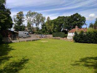 2 Bedrooms Semi Detached House for sale in High Croft Cottages, Whydown Road, Bexhill, East Sussex
