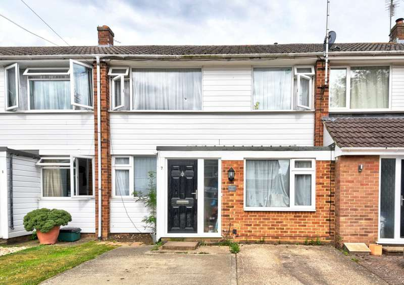 3 Bedrooms Terraced House for sale in Willowmead Gardens, Marlow