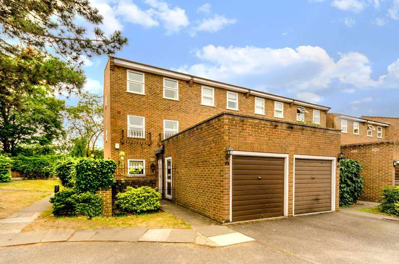 4 Bedrooms House for sale in Ellenborough Place, West Putney, SW15