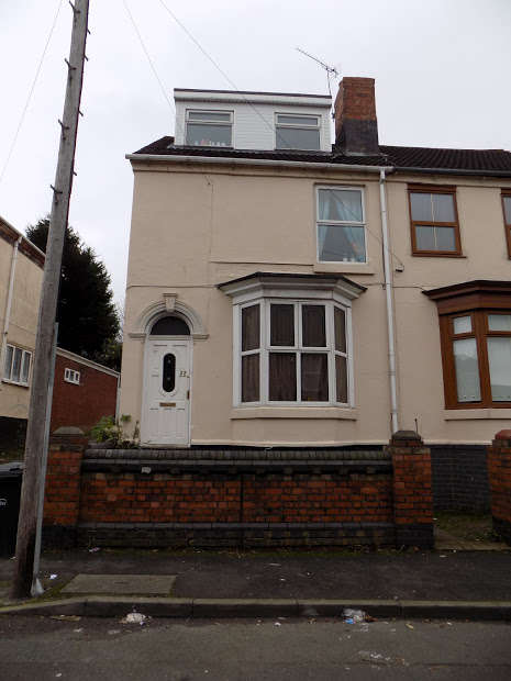 5 Bedrooms End Of Terrace House for sale in Vicarage Road, Stourbridge, DY9
