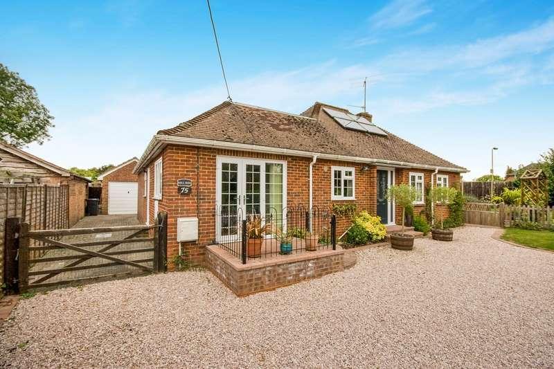 4 Bedrooms Detached Bungalow for sale in Pack Lane, Kempshott, Basingstoke, RG22