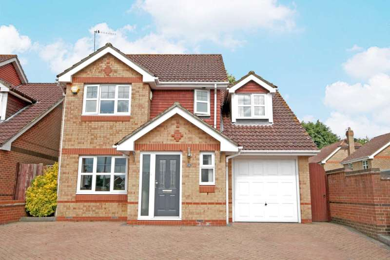 4 Bedrooms Detached House for sale in Knights Orchard