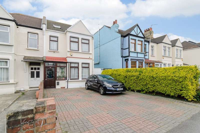 5 Bedrooms Semi Detached House for sale in Aldborough Road South, Seven Kings, Ilford IG3