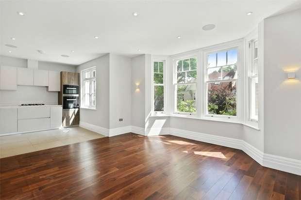 2 Bedrooms Flat for sale in Hart Grove, Ealing