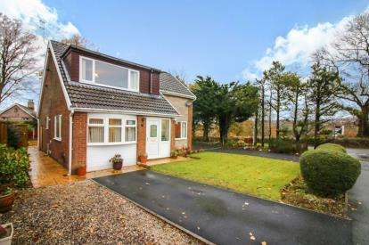 4 Bedrooms Detached House for sale in Lower Manor Lane, Burnley, Lancashire