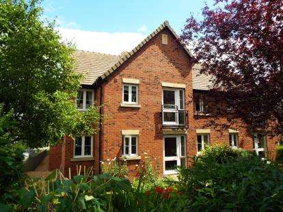 1 Bedroom Flat for sale in Mellor Lodge, Uttoxeter, Staffordshire