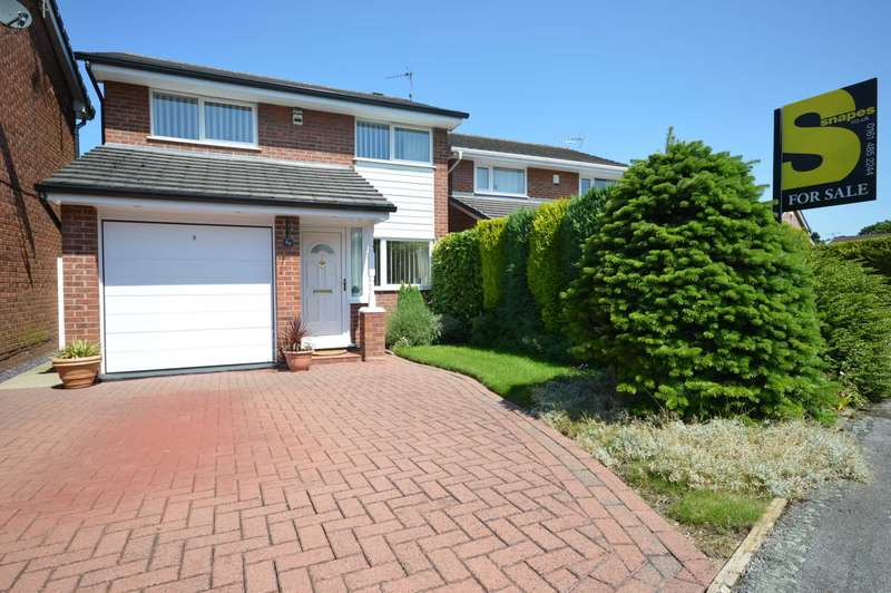 3 Bedrooms Detached House for sale in Long Croft Lane, Cheadle Hulme