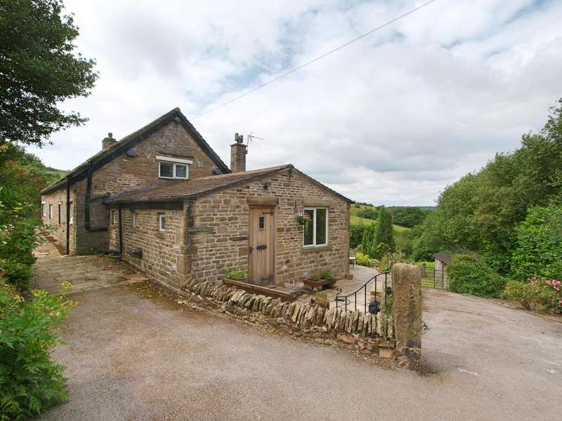 3 Bedrooms Detached House for sale in Redmoor Lane, New Mills, High Peak, Derbyshire, SK22 3LL