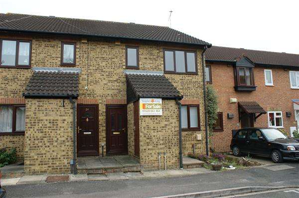 1 Bedroom Maisonette Flat for sale in Charlton Close, Windsor Meadows, Cippenham